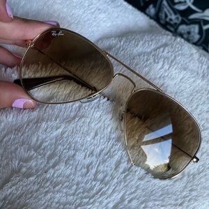 Ray Ban Aviators / Case / Cloth *WORN ONCE*